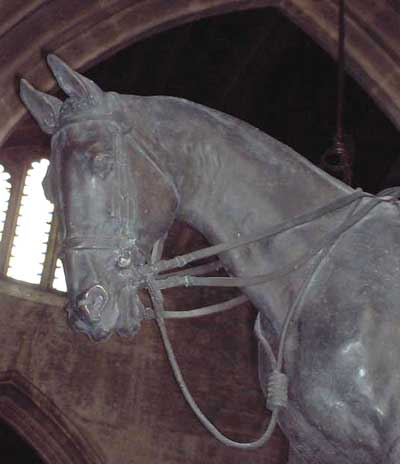Alfred Munnings bronze statue
