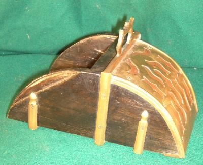 Portuguese Box stirrup
